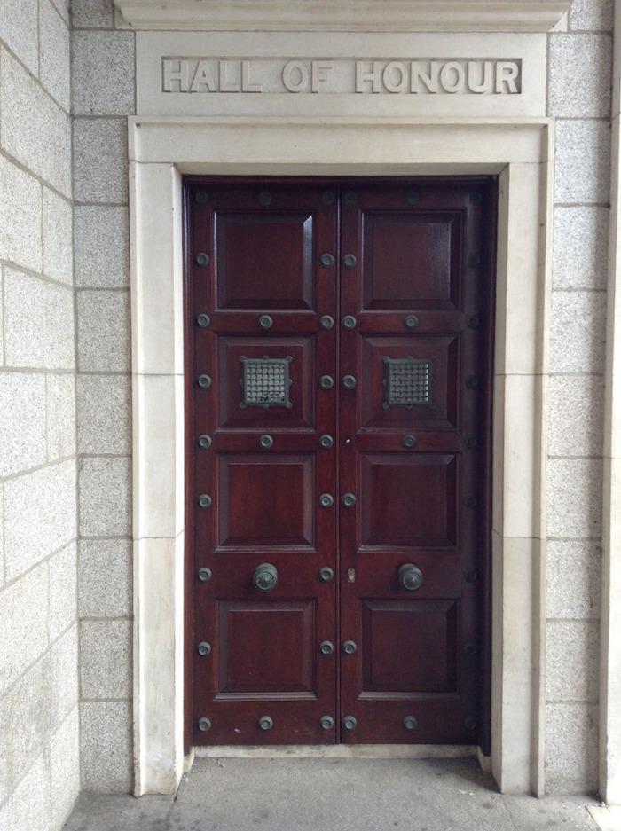 trinity_doorhallofhonour